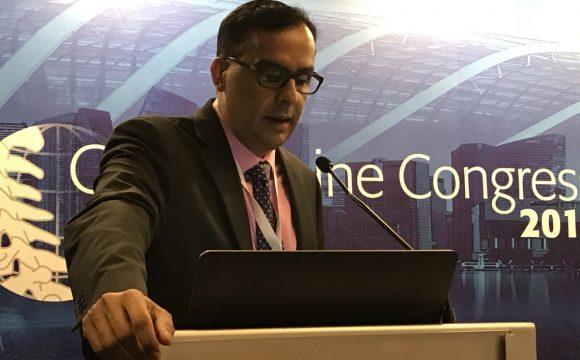 Speaking at the Global Spine Congress, Singapore, May 2018
